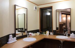 浴室 化粧台の写真