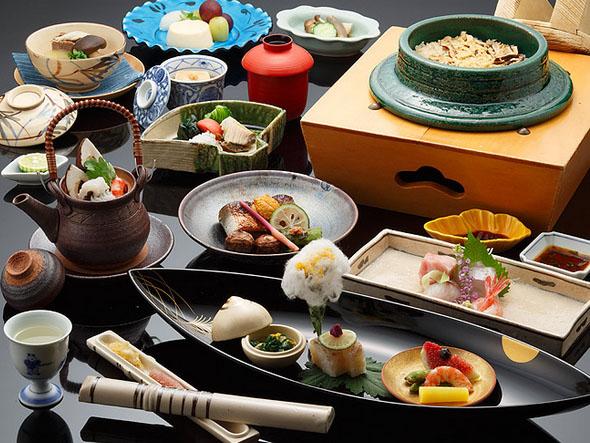 鳳凰懐石(標準料理)の写真