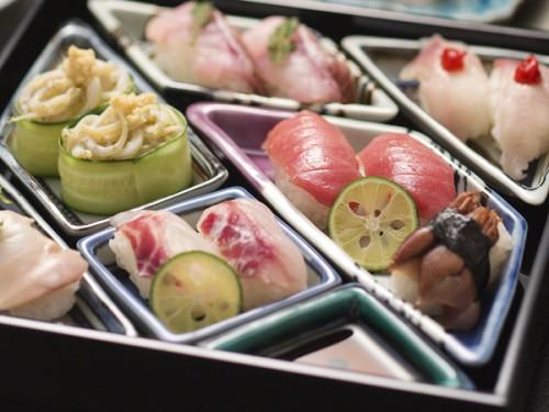 本館寿司イメージ寄5d2927