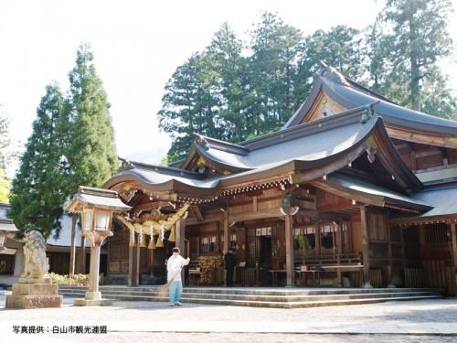 白山比咩神社2白山市観光連盟800