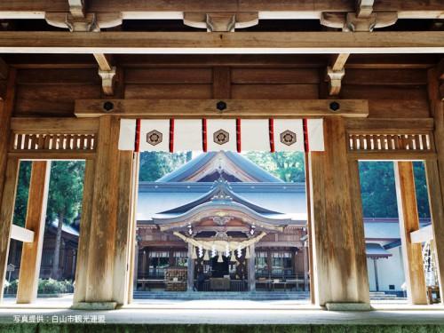 白山比咩神社3白山市観光連盟800
