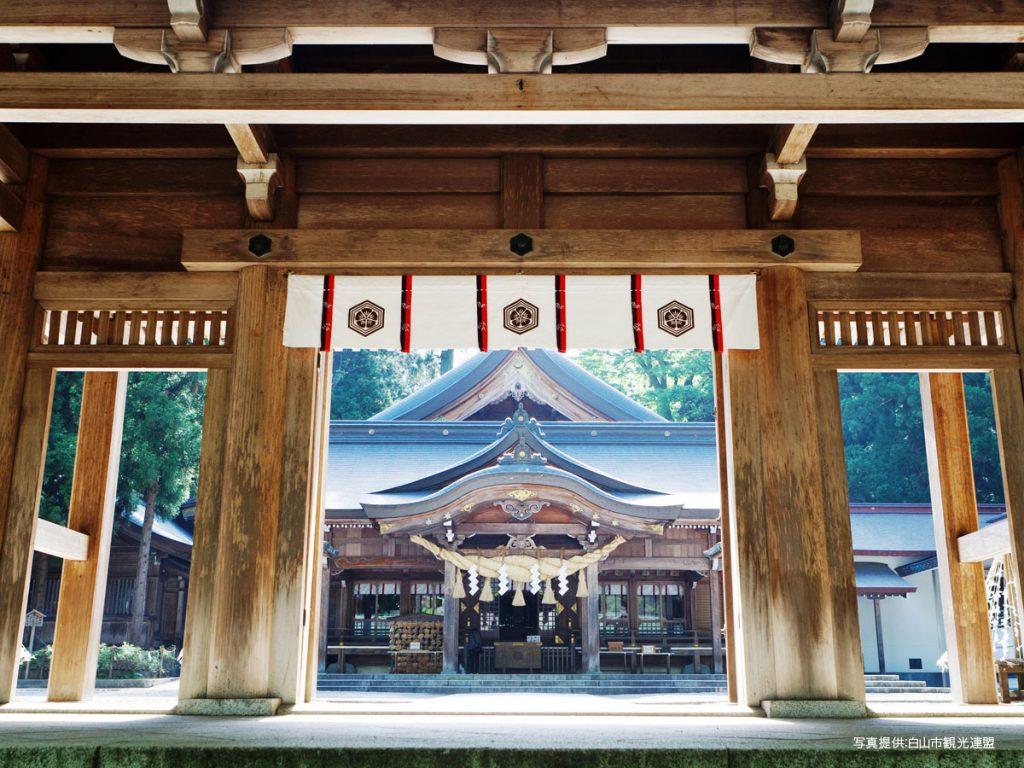 白山比咩神社3白山市観光連盟1200