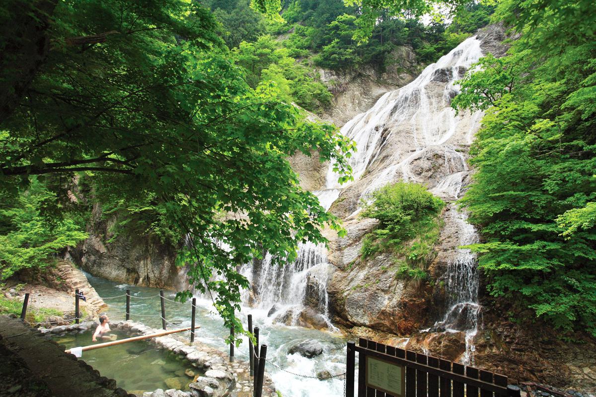 姥ヶ滝と親谷の湯851_補正